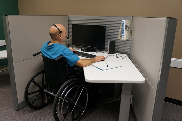 Какие льготы положены инвалидам 3 группы: социальная помощь и льготы