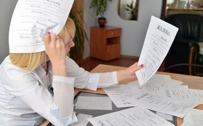 Куда жаловаться на врачей поликлиники?