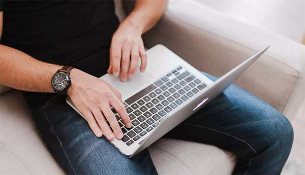 Как узнать свои долги у судебных приставов через интернет и лично
