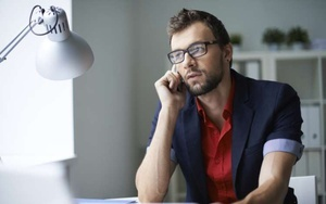 Имеет ли право банк звонить родственникам должника и как себя вести в этой ситуации