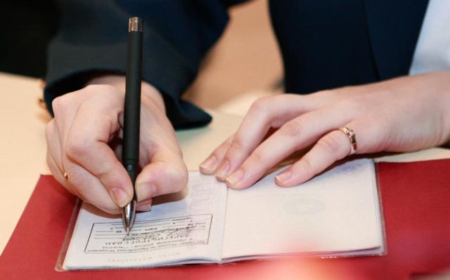 Возможные последствия временной регистрации для собственника: в чем опасность