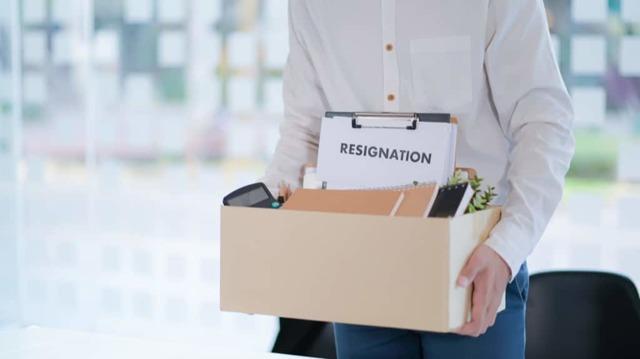 Тонкости увольнения: как уволиться без отработки 2 недели