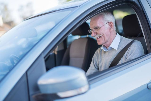 Платят ли пенсионеры транспортный налог? Особенности и льготы