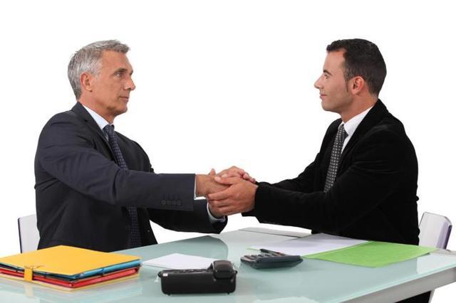 Вступление трудового договора в силу: процедура оформления трудовых отношений