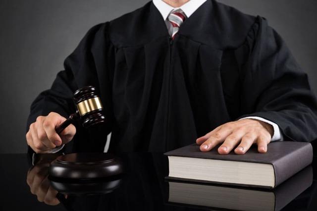 Куда жаловаться на мирового судью: основания и порядок