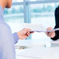 Когда и как подать претензию в банк? Образец составления