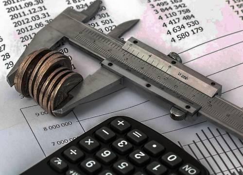Все о квартплате: как начисляется, кому идут деньги, обязанности собственника и поставщика услуг