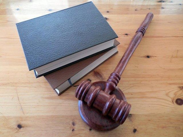 Порядок оформления наследства через суд: нюансы и правила заполнения заявления
