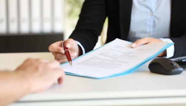 Когда необходимо ходатайство о приобщении документов к материалам дела?
