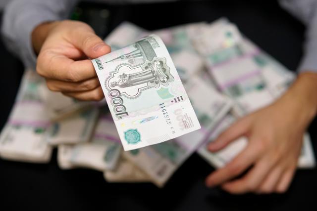 Как получить зарплату, если работодатель отказывается ее выплатить