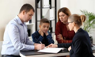 Можно ли выписать несовершеннолетнего ребенка из квартиры: основные нюансы процесса