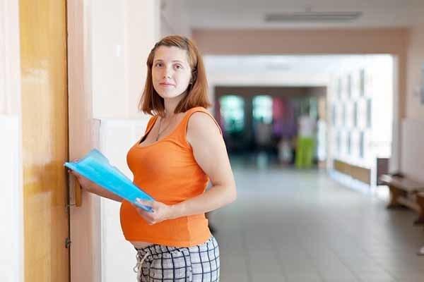 Сколько платят в декретном отпуске: все, что нужно знать будущим мамам