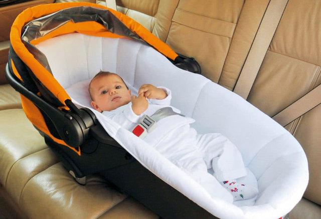 Перевозка младенцев в автомобиле: основные правила безопасности