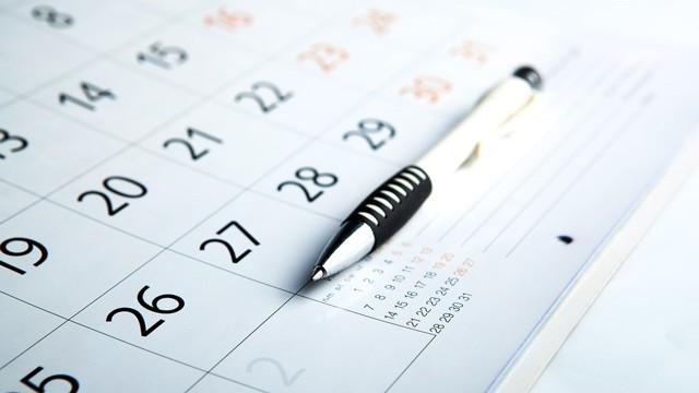 Количество рабочих дней в месяце: основные показатели времени