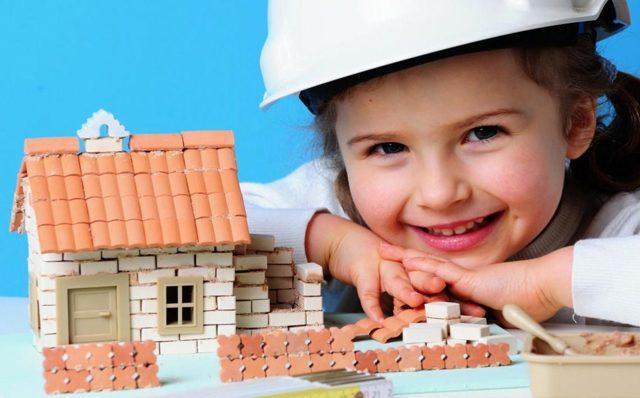 Как продать долю в квартире несовершеннолетнего ребенка: разрешено ли это?