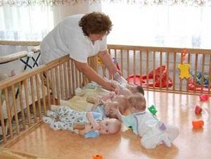 Усыновление ребенка из роддома: как правильно усыновить новорожденного