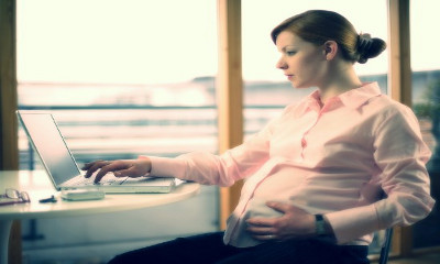 когда выдают больничный по беременности и родам
