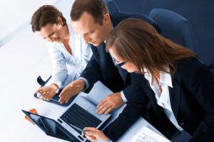 Договор на оказание консалтинговых услуг: образец, порядок составления документа и основные нюансы данной процедуры