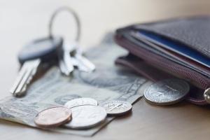 Налог на автомобиль: кто может рассчитывать на льготы