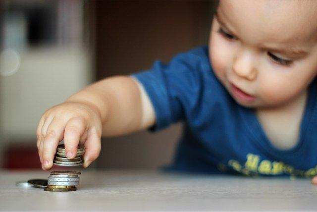 Какие выплаты положены при рождении третьего ребенка? Немного о волнующем